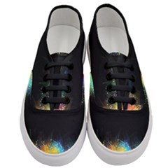 Frame Border Feathery Blurs Design Women s Classic Low Top Sneakers