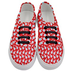 Square Flowers Red Women s Classic Low Top Sneakers