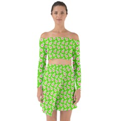 Square Flowers Green Off Shoulder Top With Skirt Set