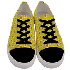 Square Flowers Yellow Men s Low Top Canvas Sneakers
