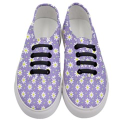 Daisy Dots Violet Women s Classic Low Top Sneakers