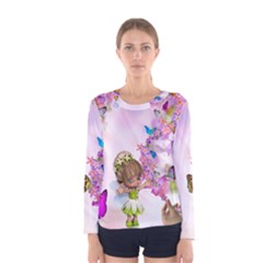 Butterfly On Flowers  Women s Long Sleeve Tee
