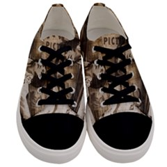 Vintage Elvis Presley Men s Low Top Canvas Sneakers