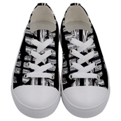 On Deck Kids  Low Top Canvas Sneakers