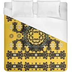 Ornate Circulate Is Festive In A Flower Wreath Decorative Duvet Cover (king Size)