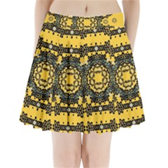 Ornate Circulate Is Festive In A Flower Wreath Decorative Pleated Mini Skirt