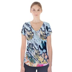 Abstract Structure Background Wax Short Sleeve Front Detail Top