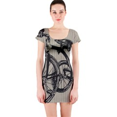 Tricycle 1515859 1280 Short Sleeve Bodycon Dress