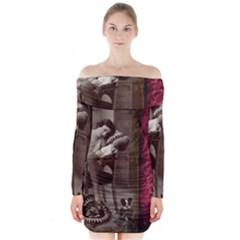 Vintage 1217079 1920 Long Sleeve Off Shoulder Dress