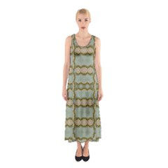 Celtic Wood Knots In Decorative Gold Sleeveless Maxi Dress