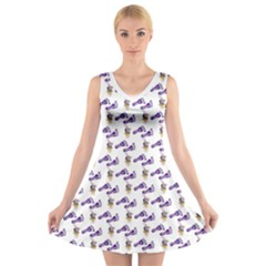 Custom V Neck Sleeveless Dress   Uncle Jholio