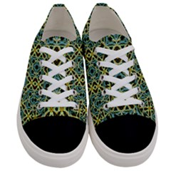 Arabesque Seamless Pattern Women s Low Top Canvas Sneakers