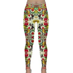 Chicken Monkeys Smile In The Floral Nature Looking Hot Classic Yoga Leggings
