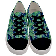 Moonlight On The Leaves Men s Low Top Canvas Sneakers