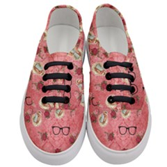 Vintage Glasses Rose Women s Classic Low Top Sneakers