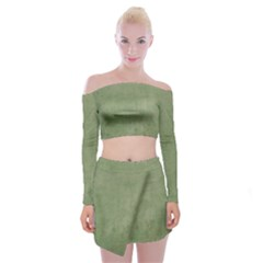Background 1215199 960 720 Off Shoulder Top With Mini Skirt Set
