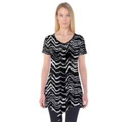 Dark Abstract Pattern Short Sleeve Tunic
