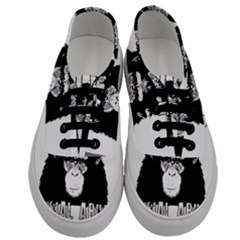Stop Animal Abuse   Chimpanzee  Men s Classic Low Top Sneakers