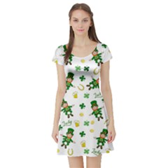 St Patricks Day Pattern Short Sleeve Skater Dress