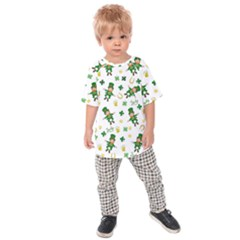 St Patricks Day Pattern Kids Raglan Tee