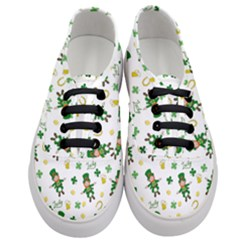 St Patricks Day Pattern Women s Classic Low Top Sneakers