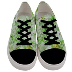 Light Floral Collage  Men s Low Top Canvas Sneakers