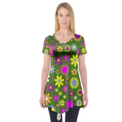 Abstract 1300667 960 720 Short Sleeve Tunic