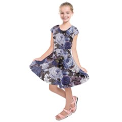 Rose Bushes Blue Kids  Short Sleeve Dress