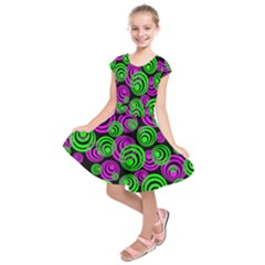 Neon Green And Pink Circles Kids  Short Sleeve Dress