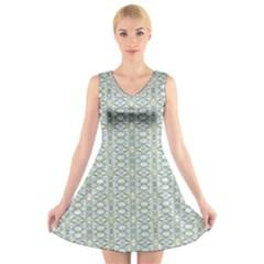 Vintage Ornate Pattern V Neck Sleeveless Skater Dress