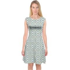 Vintage Ornate Pattern Capsleeve Midi Dress
