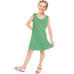 White Heart Shaped Clover On Green St  Patrick s Day Kids  Tunic Dress