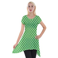 White Heart Shaped Clover On Green St  Patrick s Day Short Sleeve Side Drop Tunic