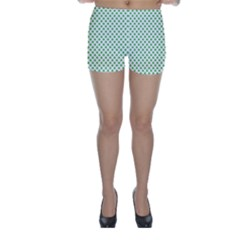 Green Heart Shaped Clover On White St  Patrick s Day Skinny Shorts