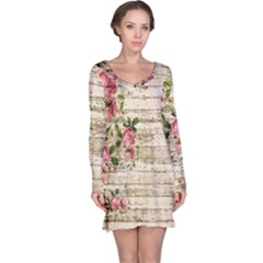 On Wood 2226067 1920 Long Sleeve Nightdress