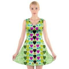 Summer Time In Lovely Hearts V Neck Sleeveless Skater Dress