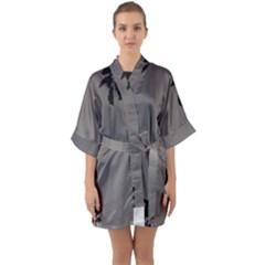Stop Action Pigeon Quarter Sleeve Kimono Robe