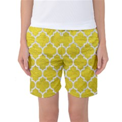 Tile1 White Marble & Yellow Leather Women s Basketball Shorts