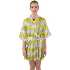 Diamond1 White Marble & Yellow Leather Quarter Sleeve Kimono Robe