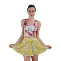 Damask2 White Marble & Yellow Colored Pencil (r) Mini Skirt