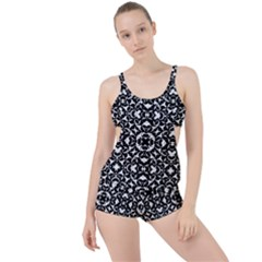Black And White Geometric Pattern Boyleg Tankini Set