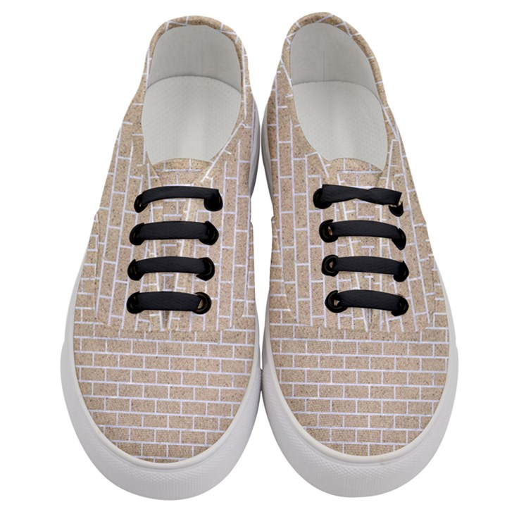 BRICK1 WHITE MARBLE & SAND Women s Classic Low Top Sneakers