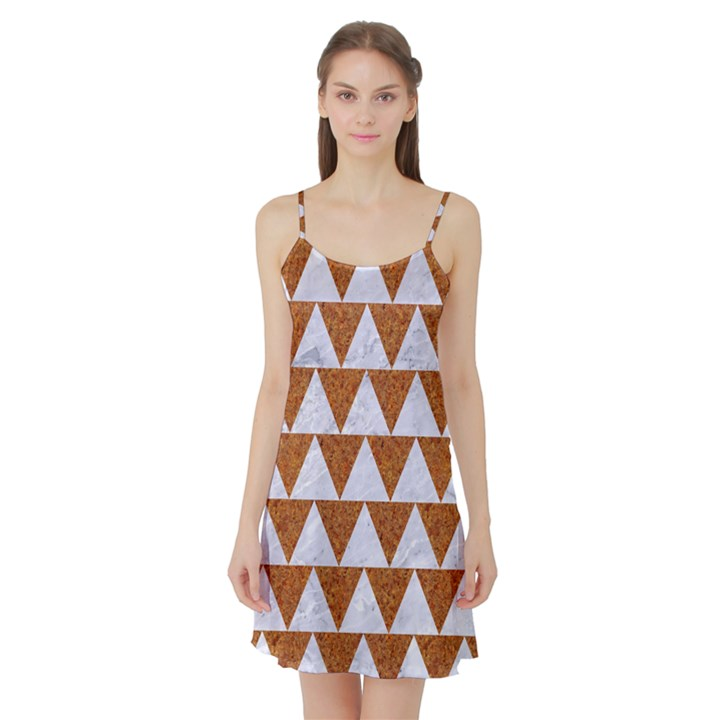 TRIANGLE2 WHITE MARBLE & RUSTED METAL Satin Night Slip