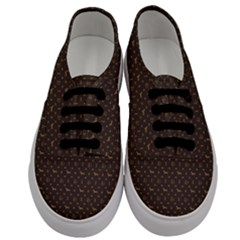 Louis Dachshund  Luxury Dog Attire Men s Classic Low Top Sneakers
