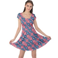 Squares And Circles Motif Geometric Pattern Cap Sleeve Dress
