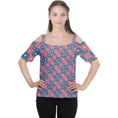 Squares And Circles Motif Geometric Pattern Cutout Shoulder Tee