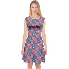 Squares And Circles Motif Geometric Pattern Capsleeve Midi Dress