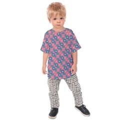 Squares And Circles Motif Geometric Pattern Kids Raglan Tee