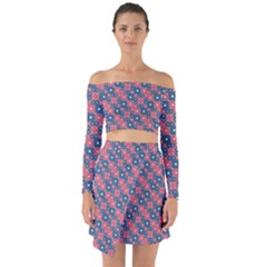 Squares And Circles Motif Geometric Pattern Off Shoulder Top With Skirt Set