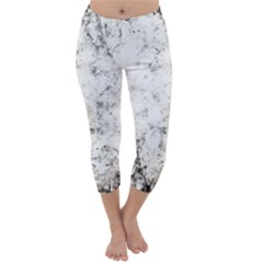 Grunge Pattern Capri Winter Leggings